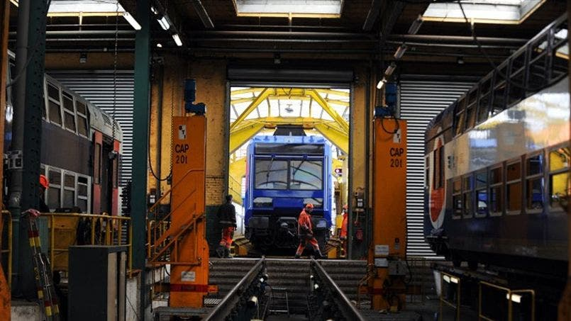 FRANCE-SNCF-TRANSPORT-RAIL-RER-RENOVATION