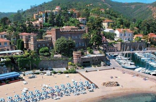 CANXXQ300_pl_le château de theoule sur mer.jpg