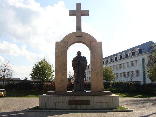 statue-jean-paul-2-9gf43