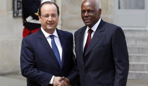 François Hollande en Angola s'affichera fièrement aux côtés d'un dictateur corrompu !