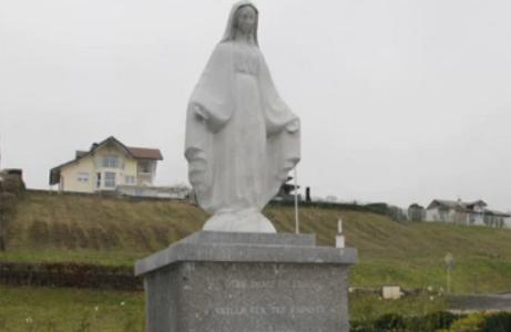 Les juges font supprimer la Vierge Marie du parc de la commune de Publier à la demande d'une association gauchiste