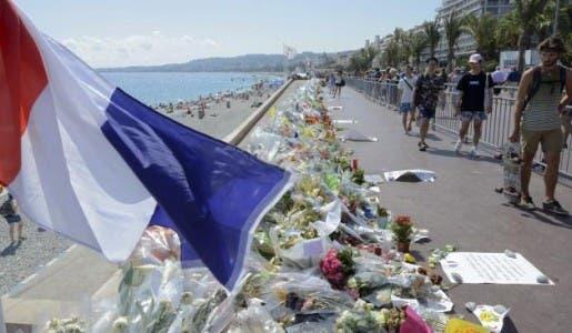 La plainte des familles des victimes des attentats de Nice contestant le dispositif de sécurité classé sans suite par la justice
