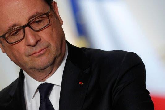 president-francois-hollande-attends-a_2ed4a5385fb1e22e1673374b1034b161